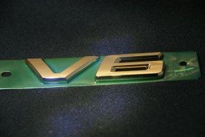 画像1: 送料無料 ゴールドメッキエンブレム 【トヨタ  アルファード/ヴェルファイア 20系 前期・後期共通】 V6エンブレム