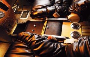 画像1: 送料無料【トヨタ エスティマ GSR/ACR50W・55W系】 ギャルソン D.A.D 車種専用 ラグジュアリーセンターキャビネット