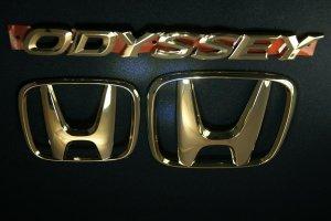 画像2: ゴールドメッキエンブレム 【ホンダ オデッセイRA6/RA8】 3点セット  フロントグリル用Hマーク、リアHマーク、ODYSSEYロゴ
