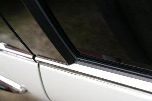 画像2: 送料無料【ニッサン Y33セド/グロ】グロウ ステンレスドアモール カラー鏡面HYPER  4Pセット